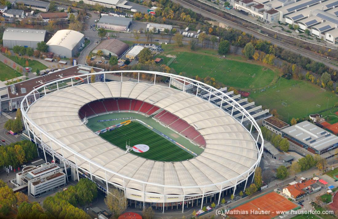 Mercedes-Benz Arena aus der Luft, vormals Gottlieb-Daimler-Stadion, Baden-Württemberg, Deutschland - Mercedes-Benz Arena sports stadium, former Gottlieb-Daimler-Stadion, Stuttgart, Baden-Wuerttemberg, Germany