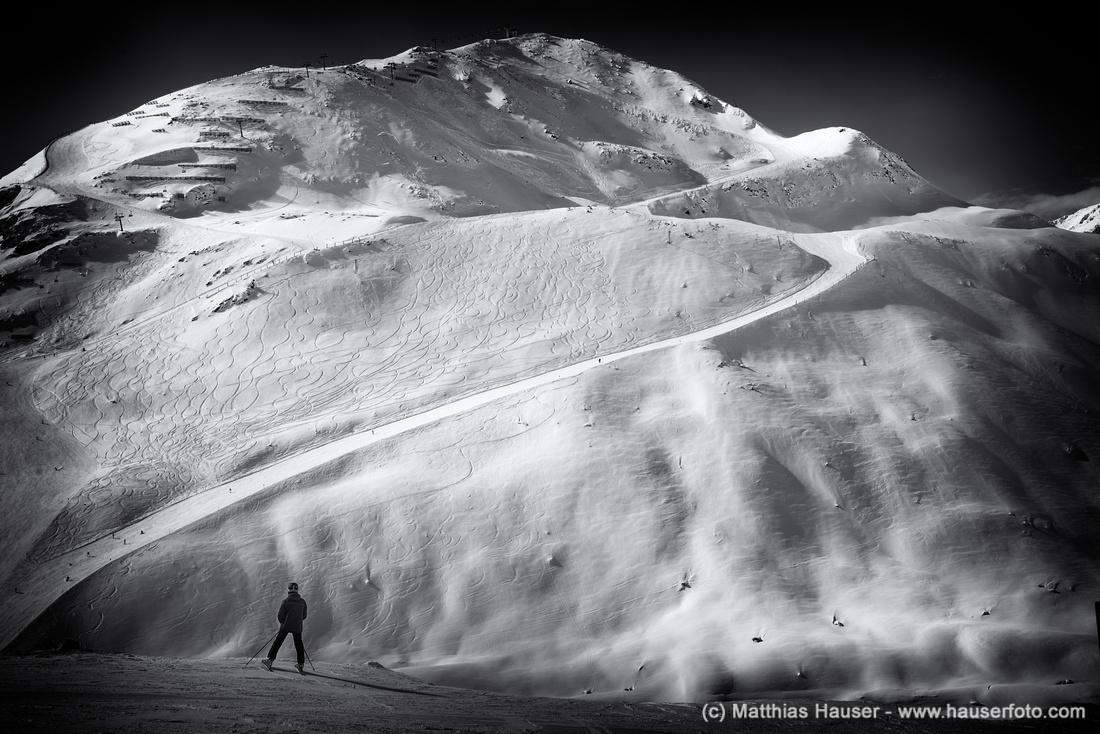Berg und Skipisten Rifflsee Pitztal Österreich