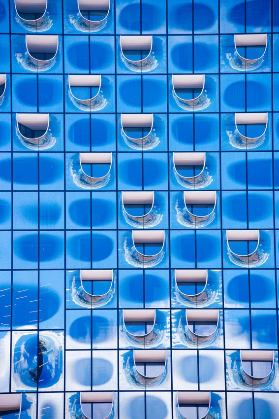Elbphilharmonie Elphi Hamburg blue glass architecture detail