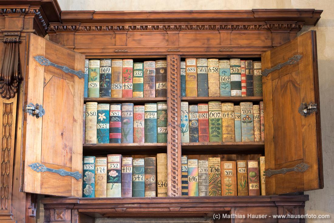 Alte historische Bücher, Alter Königspalast, Prager Burg, Prag, Tschechische Republik, Europa