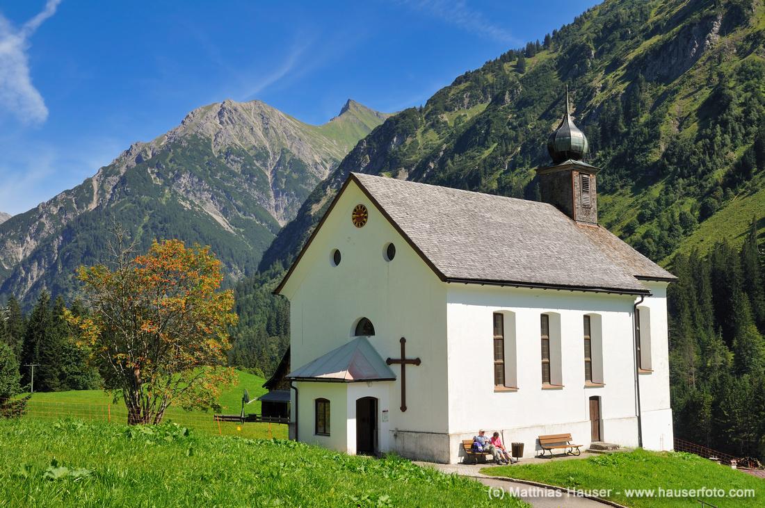 Bergkirche St. Martin in Baad, Kleinwalsertal, Vorarlberg, Allgäuer Alpen, Österreich, Europa