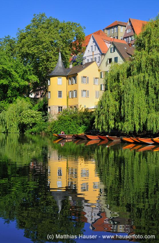 Hölderlinturm Tübingen Wasserspiegelung - Hoelderlintower Tuebingen by Matthias Hauser