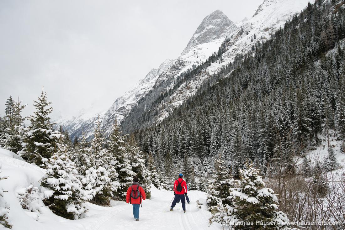 Wandern und Skilanglauf im Pitztal Tirol Österreich im Winter